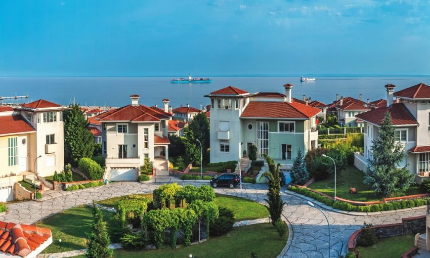 Real estate turkey, Home