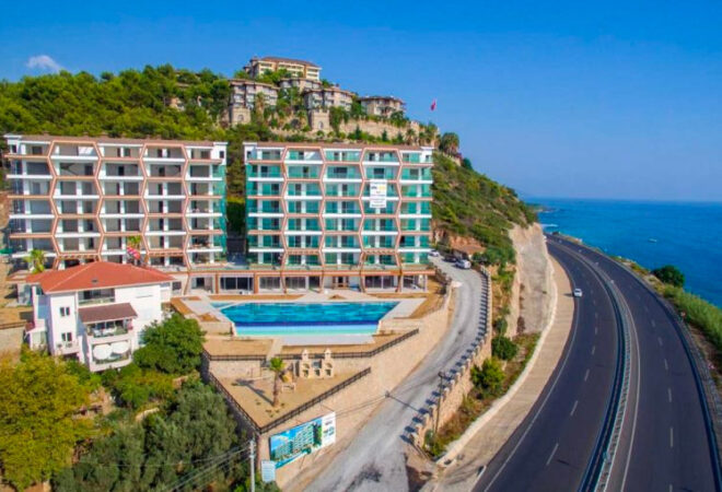 a uxurious life with a sea view in alanya
