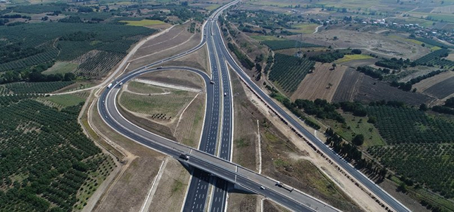 New Istanbul-Izmir highway cuts travel time in half