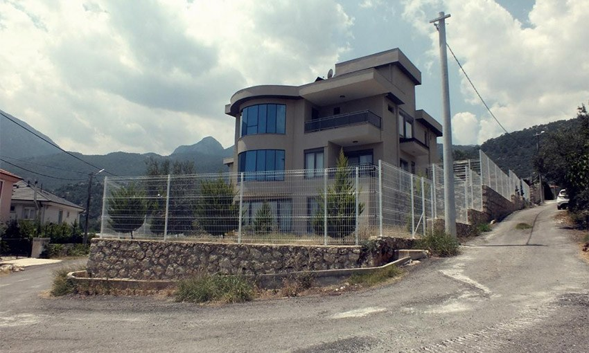fully furnished detached villa with sea view in antalya